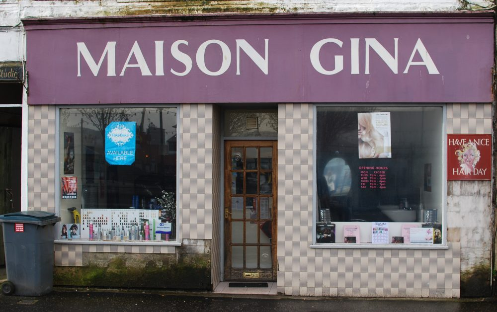 Rothesay shopfront before restoration (image courtesy of Lorna Pearce, Argyll and Bute Council)